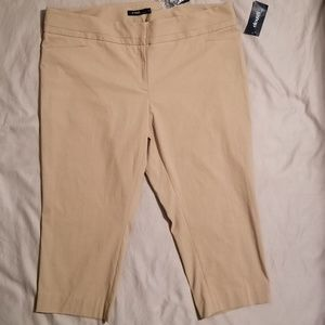 Eloquii By The Limited Classic Crop Khaki Pants 22